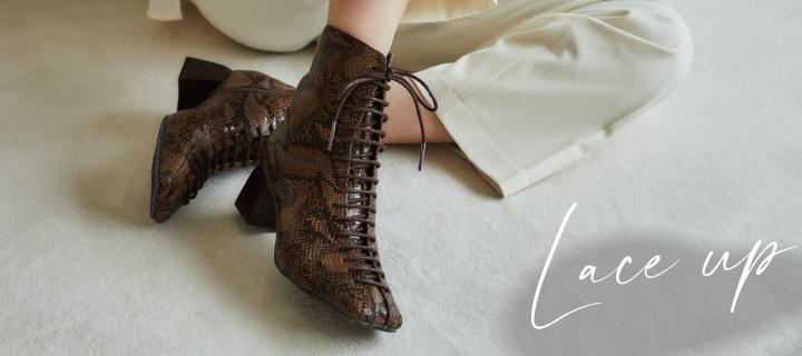 予約会でも大好評!Lace up boots